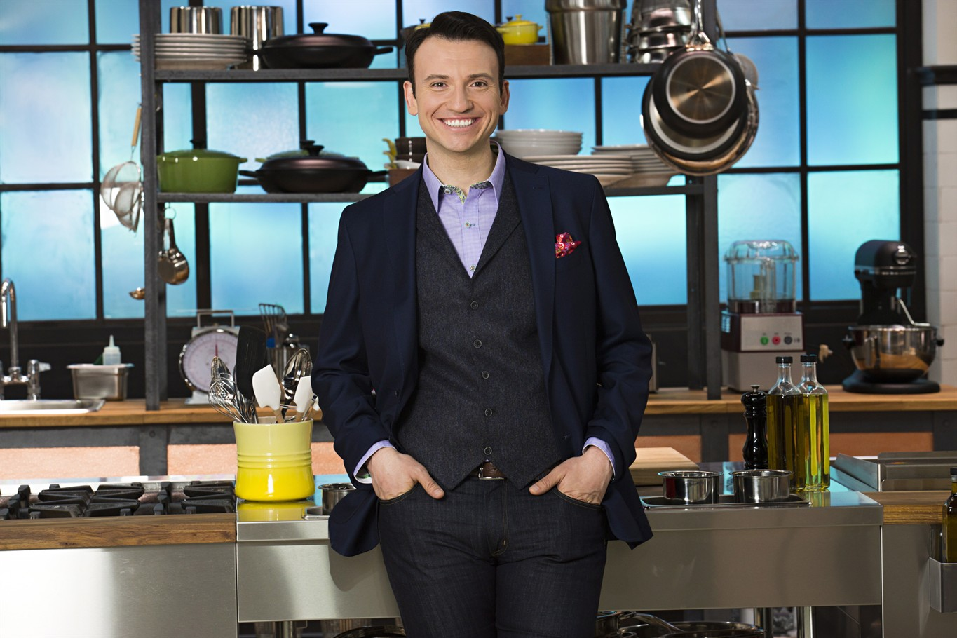 5bdc66e46714 Food Network Canada show  Chef In Your Ear  pairs kitchen rookies with pros