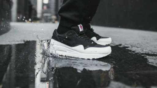 new arrival 58253 90d1a Video  Nike releases Toronto shoe Air Max 1  The 6