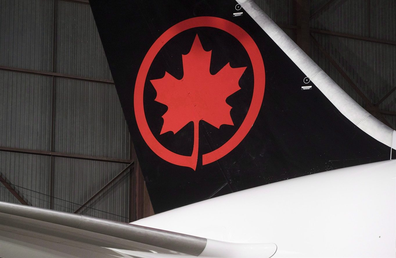 Air Canada apologises for bumping 10-year-old from flight