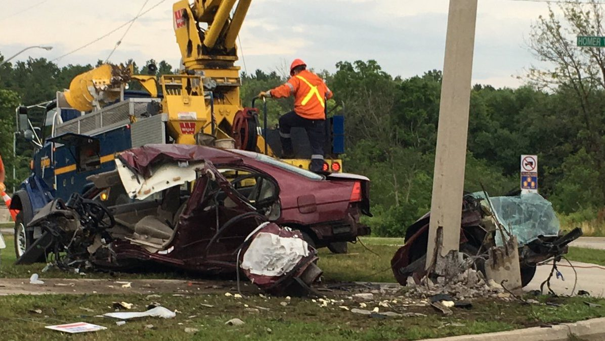 20-year-old college student seriously injured after crash on