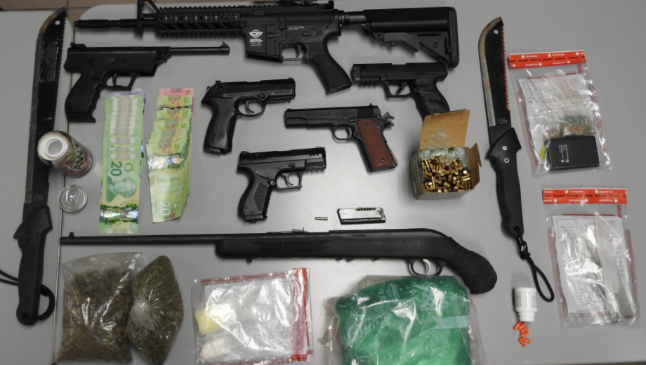 Two charged in Kitchener drug and weapons bust
