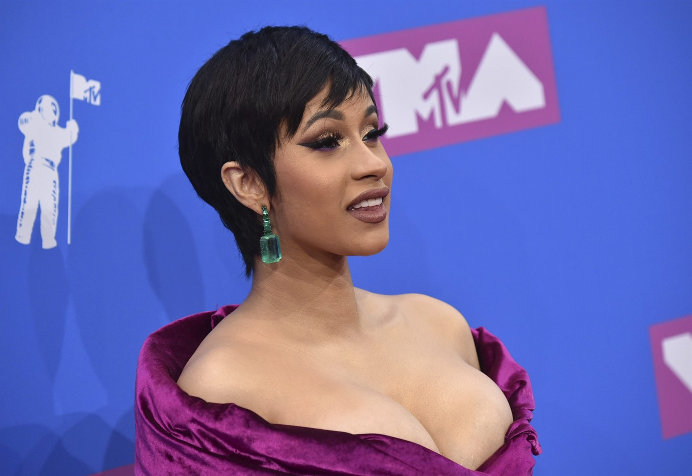 Cardi B Real: Cardi B Sorry For 'Real Housewives' Of Civil Rights Parody