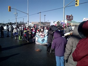 "First Nations members take part in an ""Idle No More"" rally in Espanola, Ont., on Saturday, December 22, 2012. THE CANADIAN PRESS/HO - Isadore Day"