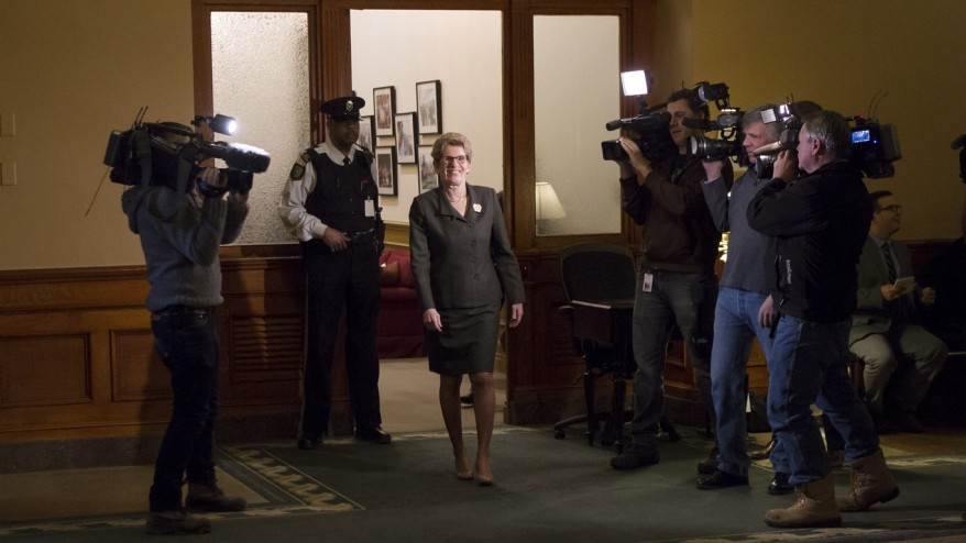 opposition ready to pounce on liberals as ontario