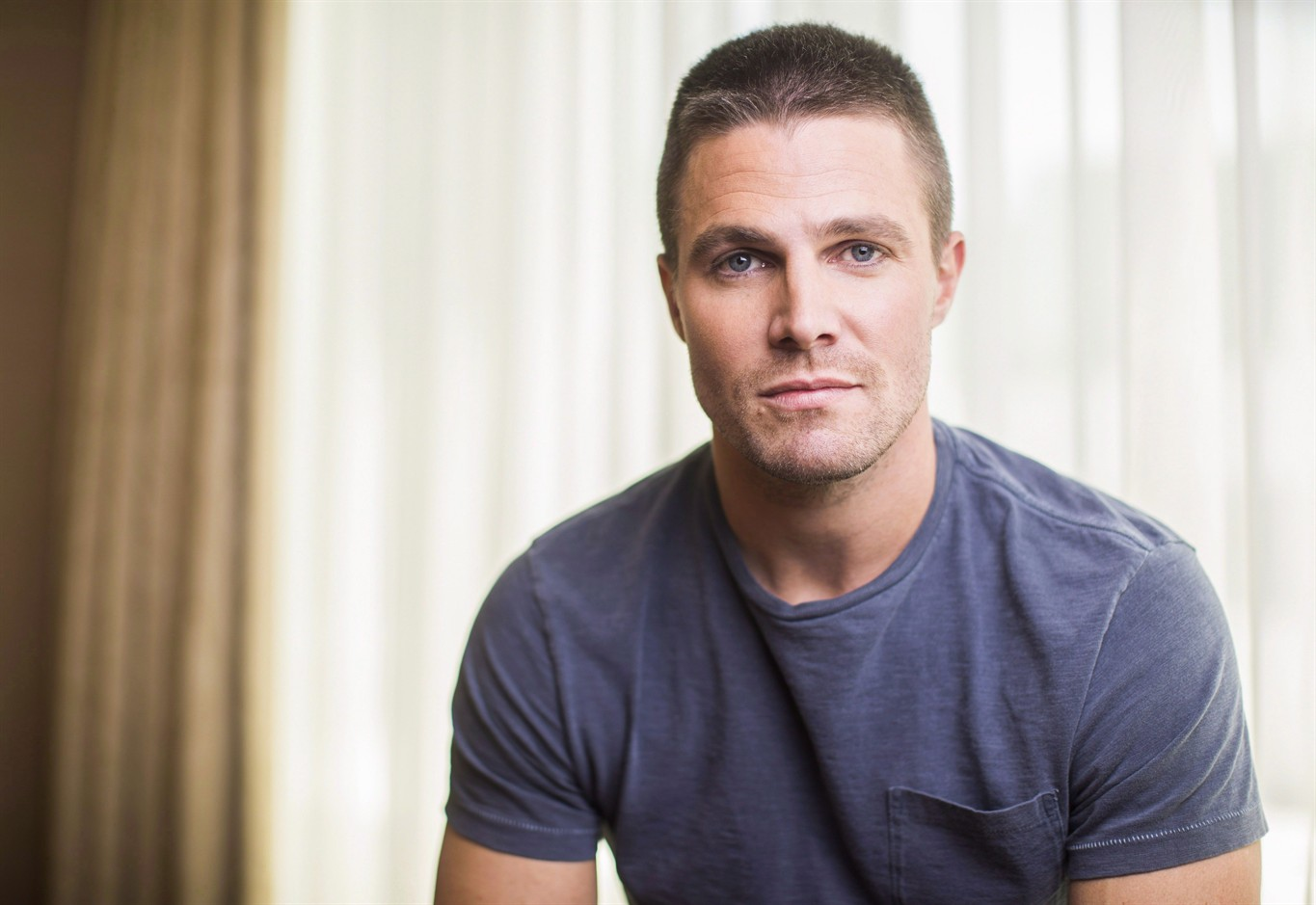 Canadian actor Stephen Amell talks 'Turtles,' crowdfunding ...  Canadian actor ...