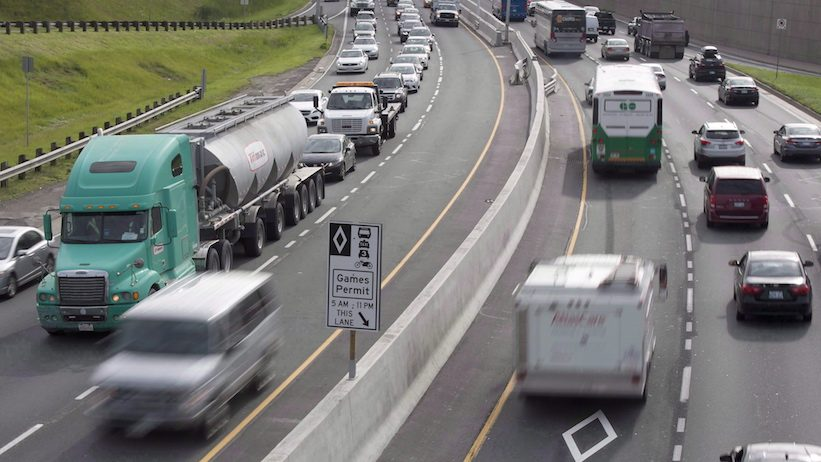 Ontarians face higher driver's licence and licence plate sticker fees