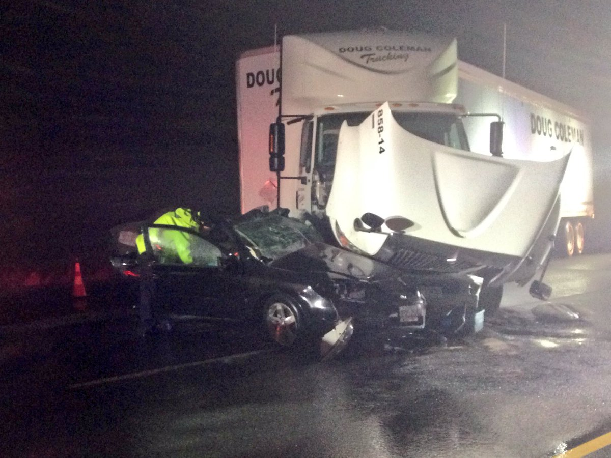 Westbound 401 closed at Guelph Line