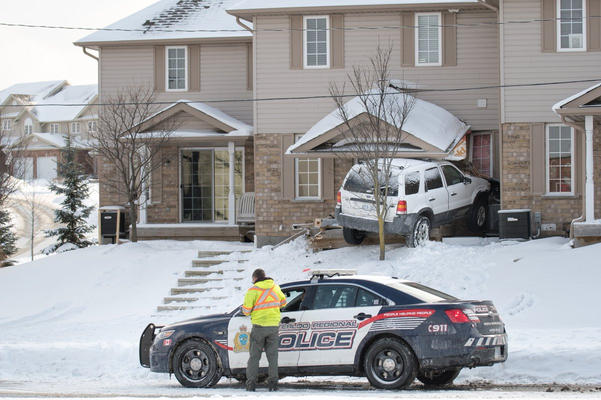Country Hills Kitchener Police
