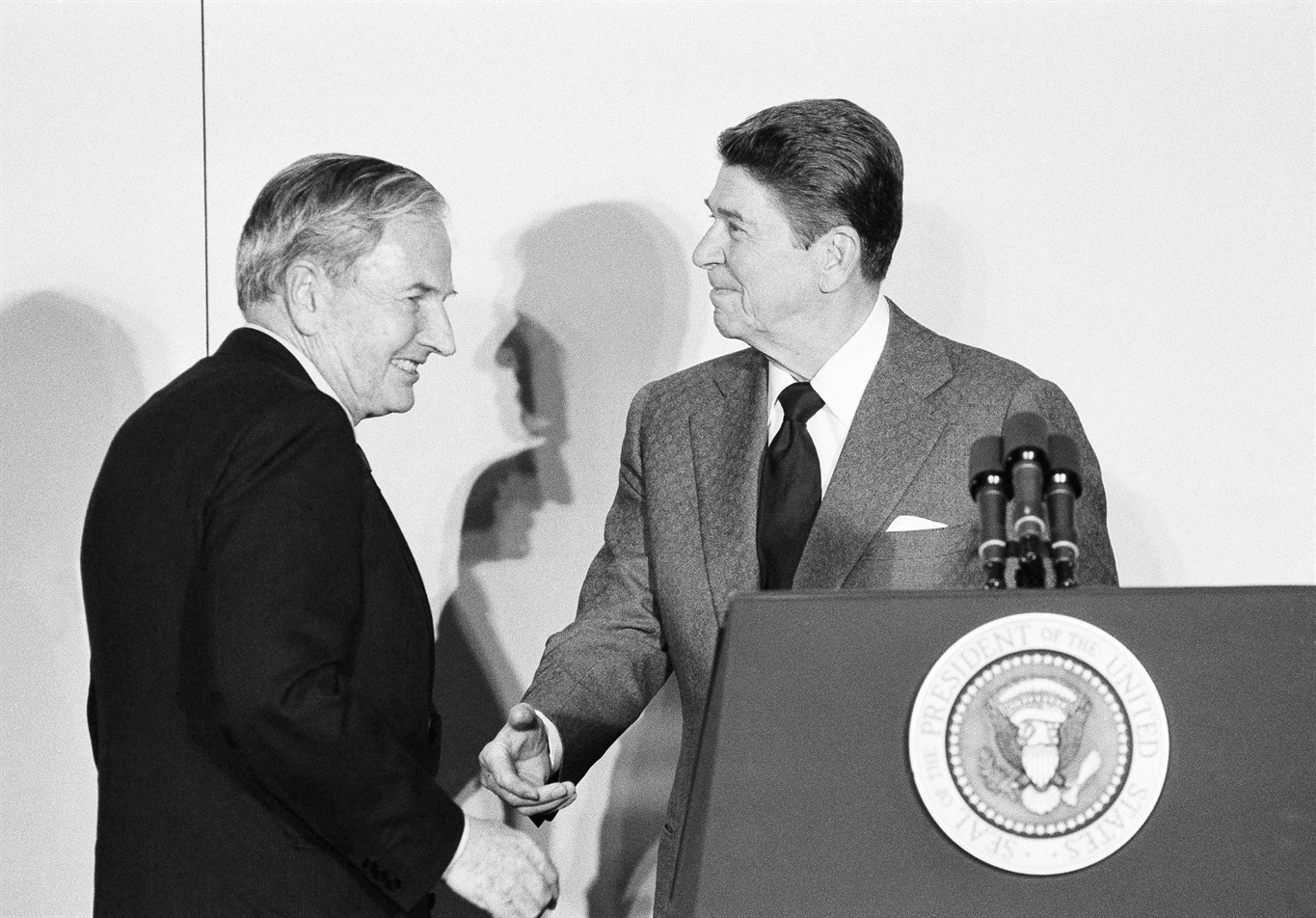 guardian of rockefeller fortune philanthropy dies at news file in this 8 1984 file photo david rockefeller left chairman of the council americas shakes hands president ronald reagan at the state