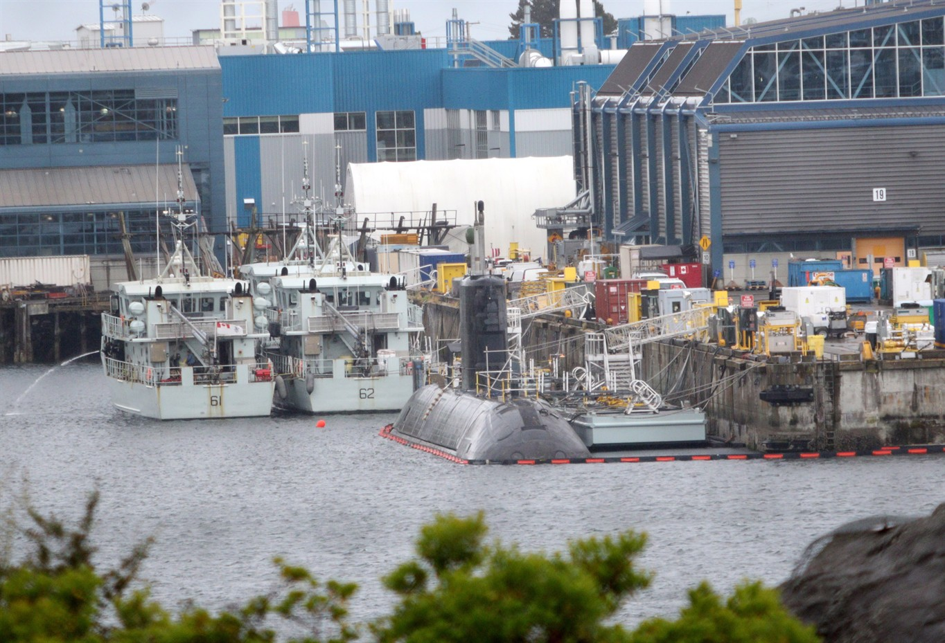 Submarine hit by naval vessel while docked in BC, minor damage reported
